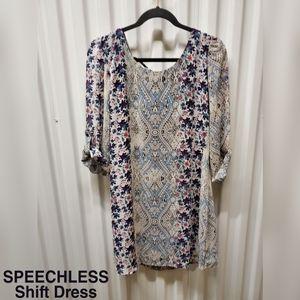 🆕️👗Speachless Shift dress beautifully pattern!!
